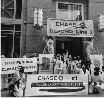 photo of demonstration at Chase bank